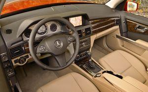 Mercedes Benz GLK350 - 2010 - interior front