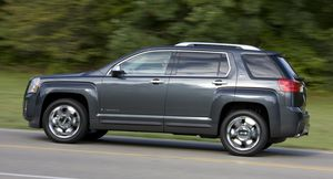 GMC Terrain - side - 2010