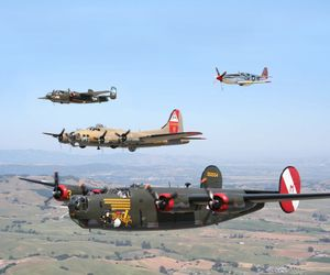 Collings_B-17, B-24, B-25 and P-51