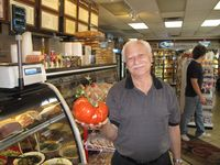 Rende_Frank-King Sized Tomato in Queen City